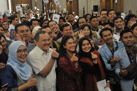 Ratusan Pegiat komunitas ikuti Sosialisasi Satu Indonesia Award Page 7 Small