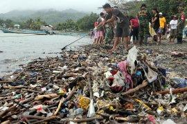 Keberadaan sampah plastik di perairan Ternate ancam kelestarian lingkungan