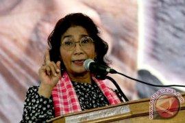 Susi Pudjiastuti-Sri Mulyani layak dipertahankan Presiden Jokowi