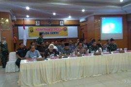 Tim Terpadu :  Kelompok SMB dalam aksinya kerap mengatas namakan SAD