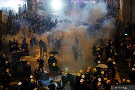 Ribuan warga Hong Kong kembali lancarkan aksi protes anti-pemerintah