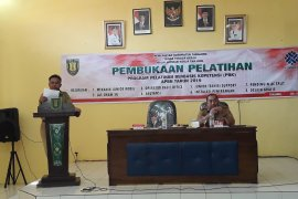 Pengajar BLK Tabalong  juara kompetensi instruktur regional