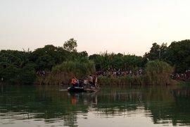 Petugas masih cari satu awak Cessna terseret arus Sungai Cimanuk