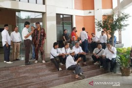 1.200 warga Bogor Timur kawal rapat pemekaran paripurna pengesahan DOB