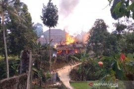 Rumah warga di Sukabumi hangus terbakar