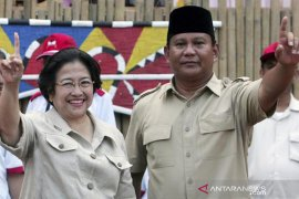"Prabowo-Megawati bertemu ""empat mata"""