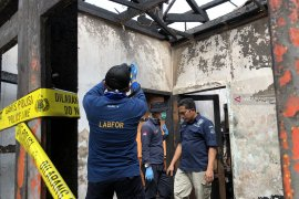 Puslabfor cari penyebab kebakaran rumah tewaskan empat anak di Kota Batu