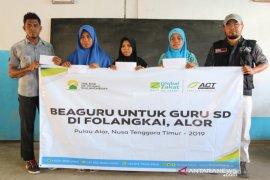 Ratusan Guru Tepian Negeri Terima apresiasi ACT melalui Beaguru