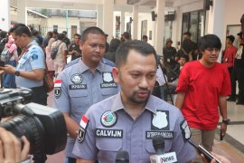 Polri buru tiga DPO  dalam kasus Nunung