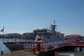 Menhan terima kapal perang KCR 60 buatan PT PAL