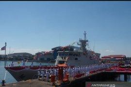 Menhan terima kapal perang RI KCR 60 buatan PT PAL