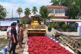 Bea Cukai Aceh musnahkan 28 ton bawang merah eks  seludupan
