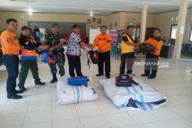 Pemkab Tapsel serahkan bantuan korban kebakaran Batang Toru