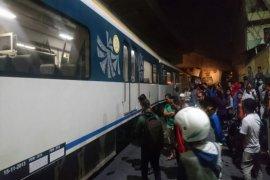 KA Railink Bandara Kualanamu gagal berangkat karena ditabrak mobil