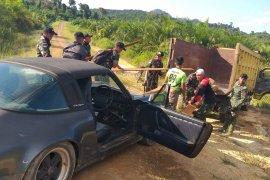 Satgas Pamtas gagalkan upaya penyelundupan Porsche Carrera asal Malaysia