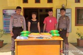 Polsek Simpangkatis Bangka Tengah tangkap dua pelaku penipuan