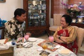 Ferry: Gerindra belum putuskan sikap, gabung pemerintah atau oposisi