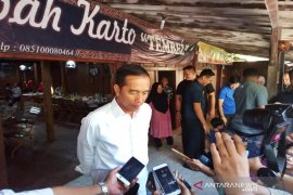 Nama-nama calon Kabinet Kerja  mulai masuk ke Jokowi