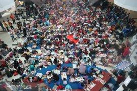 Ratusan orang meriahkan HAN di Bandara Sepinggan