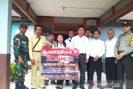 TNI - Polri kampanye larangan pembakaran hutan dan lahan di Bengkayang