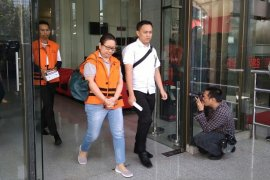 KPK imbau saksi  suap imigrasi NTB penuhi panggilan
