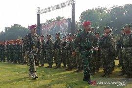 TNI lembaga negara paling dipercaya publik