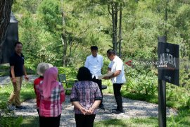 Hotel berbintang berdampak positif untuk petani lokal di sekitar Danau Toba
