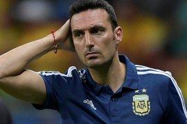 Scaloni tetap latih Argentina