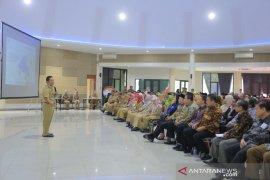 Arief ajak sekolah-perguruan tinggi buat pola didik aplikatif