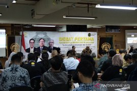 Tiga calon Ketum Iluni UI adu gagasan melalui ajang debat