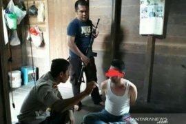 Polisi ringkus kepala desa yang  isap sabu-sabu