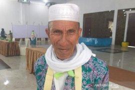 Jamaah haji lansia asal Padang Lawas Utara mengaku bersemangat ke Mekkah