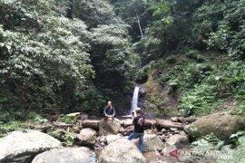 Curug Haji Cianjur dikunjungi banyak wisatawan mancanegara