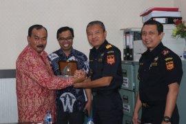 """Tanjabbar akan siapkan bangunan untuk """"X-ray"""" Pelabuhan Kualatungkal"""