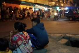Pascagempa Kantor Gubernur dan Polda Lampung dipadati warga