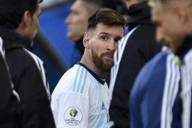 Messi dilarang tampil selama tiga bulan oleh CONMEBOL