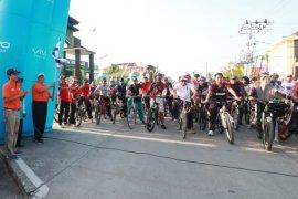 Warga Tanjabbar antusias bersepeda santai keliling Kualatungkal