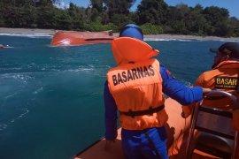 Polisi membenarkan kapal nelayan ditemukan terbalik tanpa abk