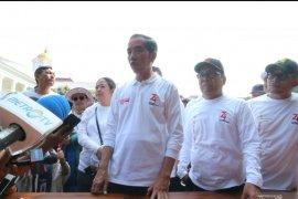 """Presiden Jokowi sebut """"gathering"""" menteri Kabinet Kerja enam bulan sekali"""