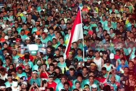 """Ribuan pelari ramaikan """"Surabaya Marathon 2019"""" (Video)"""