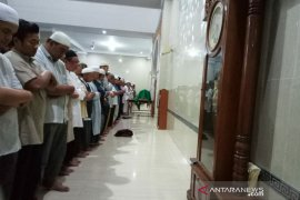 Ust Wahyudin ahli bahasa arab, Pengasuh Ponpes  Ngruki meninggal