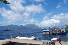 Sejumlah aktivitas pelayaran di Malut ditunda akibat cuaca ekstrim