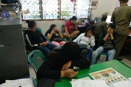 Lagi, Satpol PP Tapteng jaring 6 wanita dari salon dan tempat pijat