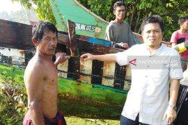 Delapan perahu nelayan di Bengkulu karam, akibat terjangan ombak
