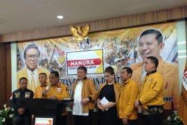 Hanura sebut Putusan MA tegaskan kepemimpinan Oesman-Harry sah