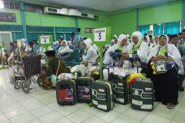 Kloter terakhir masuk Asrama Haji Embarkasi Surabaya