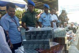Bea cukai musnahkan belasan jenis barang ilegal