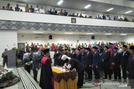 50 anggota DPRD Cianjur periode 2019-2024 dilantik