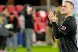 Cocu bantah Rooney jadi pelatih Derby