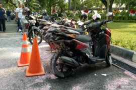 Sepeda motor meledak di Kementerian Luar Negeri